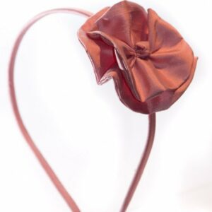 Lyserød silkehårbøjle